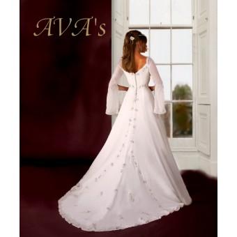 Sprookjesachtige bruidsjurk. Maat 38,40