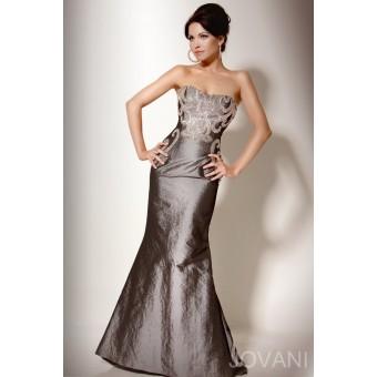 """""""Dress to impress"""". Maat 42"""