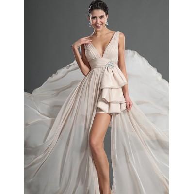 Glamourvolle jurk. Maat 42